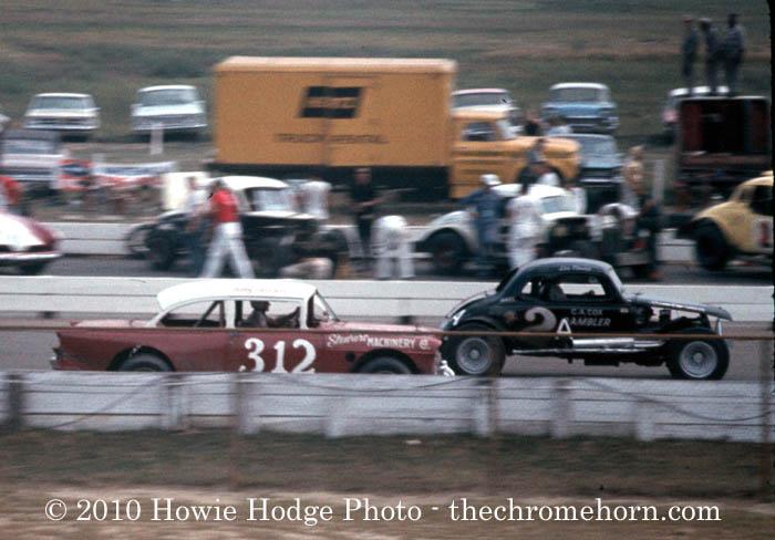 1964-Bobby_Allison-312_Trenton